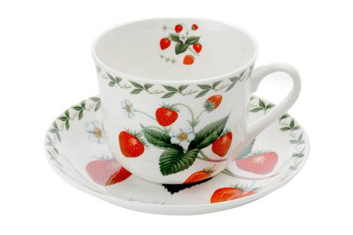 Чашка с блюдцем Земляника в подарочной упаковке
