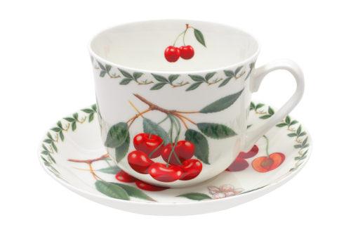 Чашка с блюдцем Вишня в подарочной упаковке