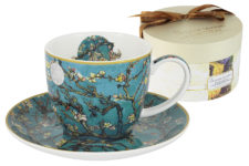 Чашка с блюдцем Цветущий миндаль (Ван Гог)