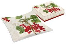 Тарелка квадратная Красная смородина в подарочной упаковке