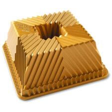 """Форма для выпечки Nordic Ware """"Квадратный пирог"""", 2,3л, литой алюминий (золотая)"""