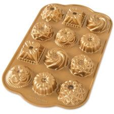 """Форма для выпечки на 12 кексов 3D Nordic Ware """"Очарование"""", литой алюминий (золотая)"""