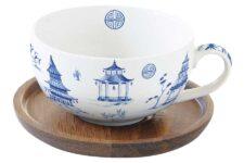 Чашка с крышкой/подставкой из акации Пагода в подарочной упаковке